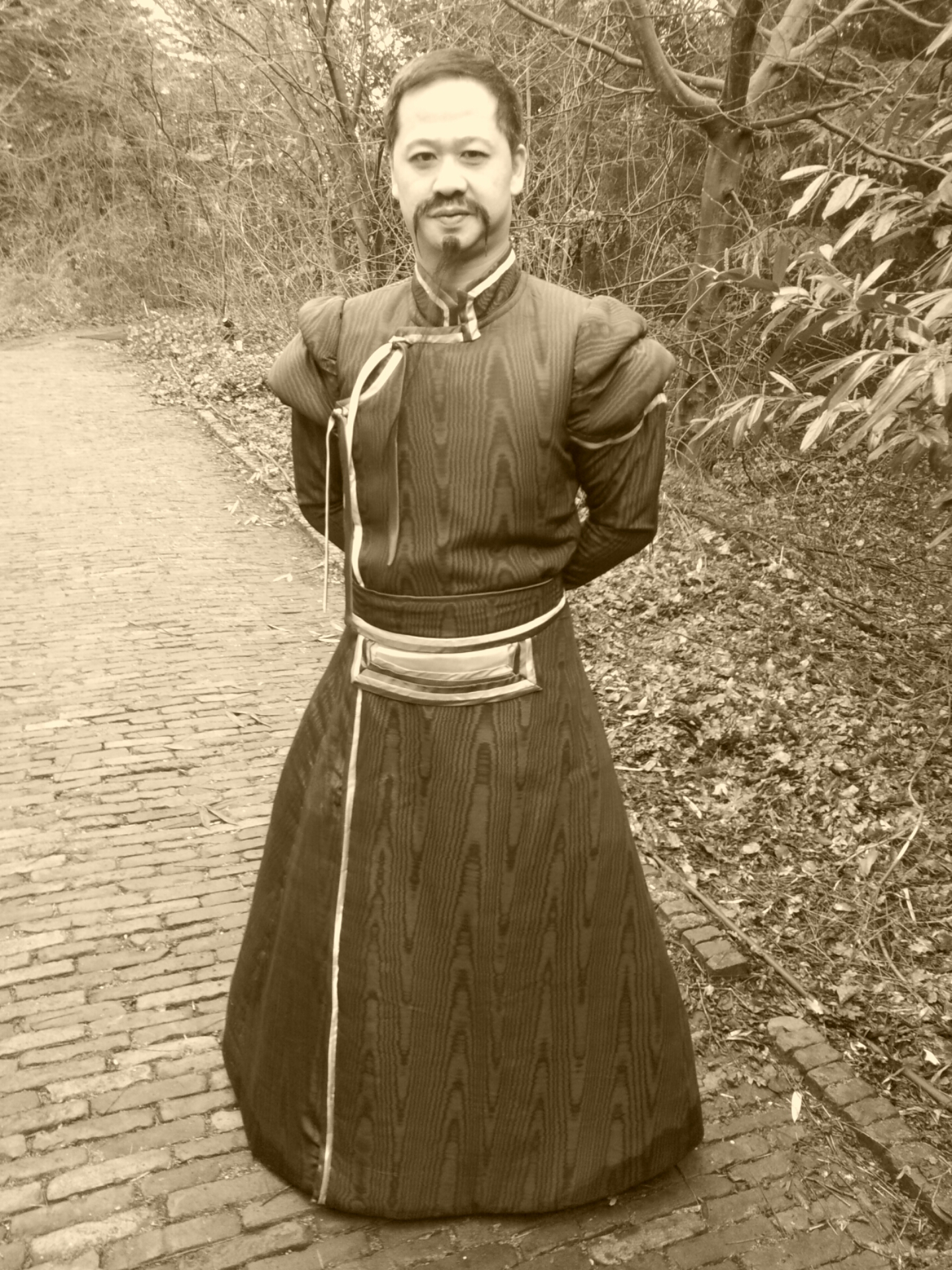 http://aaronwan.nl/wp-content/uploads/2017/01/Emperor-Aaron-Fai-body-nostalgia.jpg
